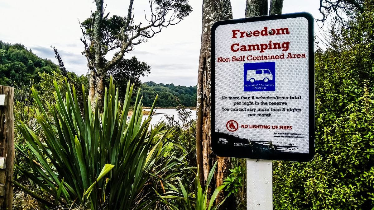 Gratis kamperen non-selfcontained in NZ